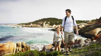 Explore the magnificent Bay Of Fires coastline | Tourism Tasmania Anson Smart